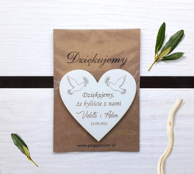 Magnesy weselne drewniane z gołąbkami - www.peggybrown.pl
